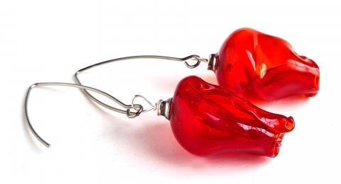 серьги цветы, красные цветы серьги, алые бутоны выдувные серьги из стекла, муранское стекло красные украшения купить