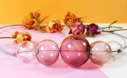 колье из стекла, стекло, прозрачное колье, стеклянные бусины, колье, розовое колье, розовое выдувное стекло