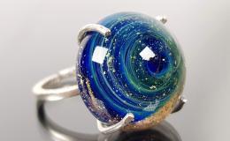 перстень лэмпворк, кольцо лампворк, кольцо стекло, стеклянный перстень, кольцо с галактикой, большой перстень