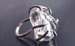 кольцо из стекла, перстень лэмпворк,стеклянное кольцо, кольцо блестящее, авторский перстень лэмпворк