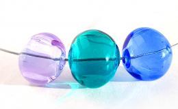колье из стекла, стекло, цветное прозрачное колье, стеклянные бусины, колье, синее колье, прозрачное выдувное стекло