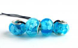 бусины для браслетов, бусины незабудки, незабудки стекло, голубые шармы, голубые цветы стекло, лэмпворк купить