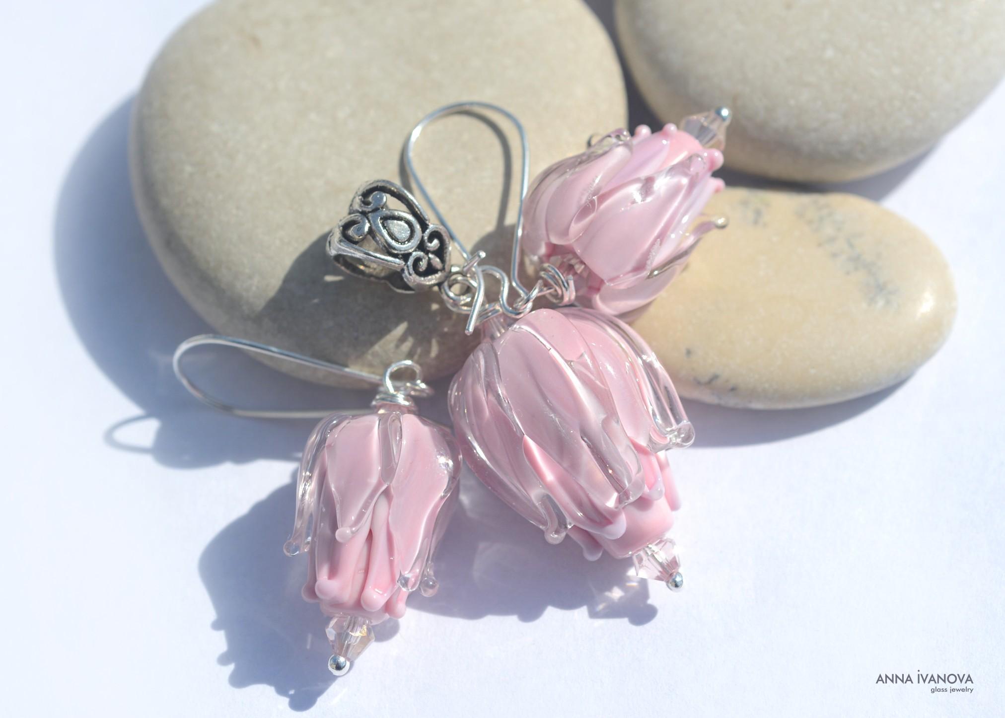 Нежно розовые цветки
